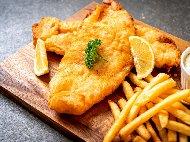 Пикантна панирана риба хек в царевично брашно с кимион